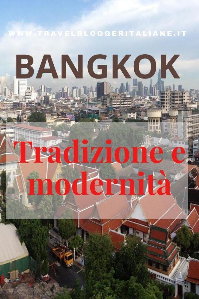 Bangkok, viaggio tra colori tradizione e modernità