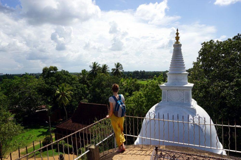 Maria Gubert di Obiettivo Altrove all'Anuradhapura in Sri Lanka