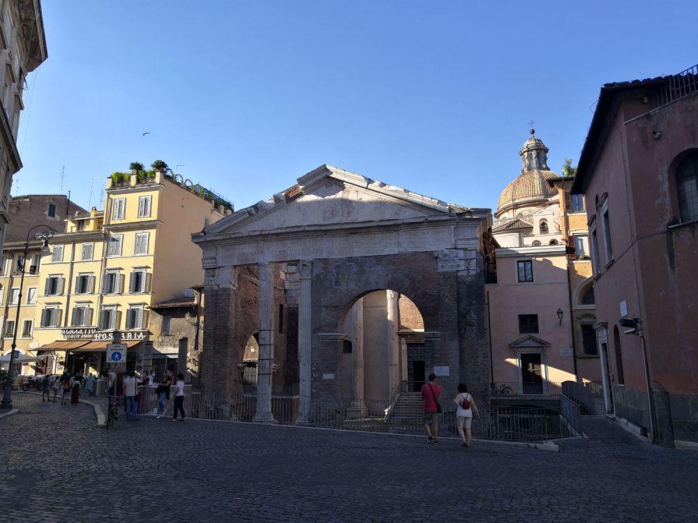 Portico d'Ottavia al ghetto ebraico #cartolinedaroma