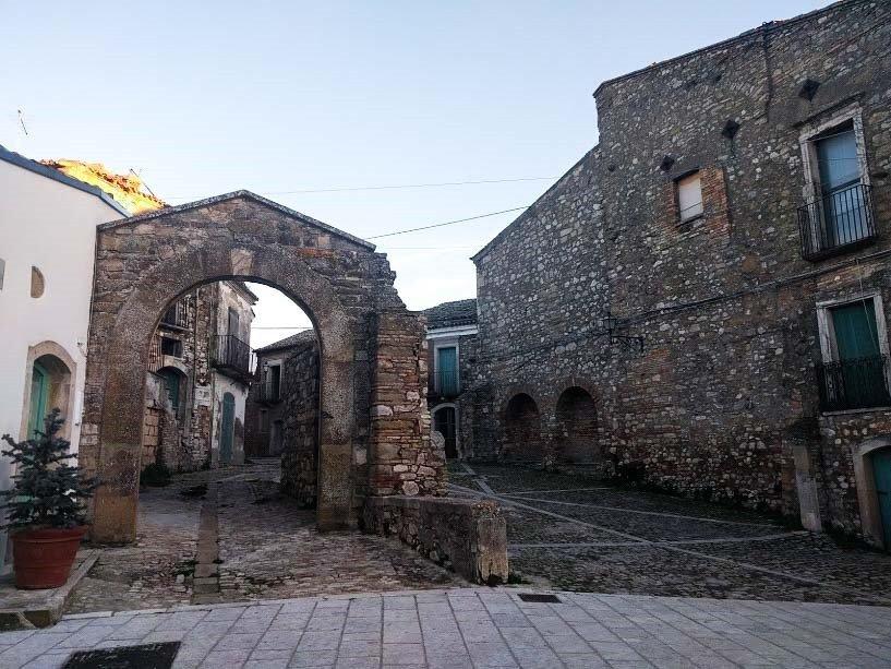 Piccolo comune italiano Accadia in Puglia