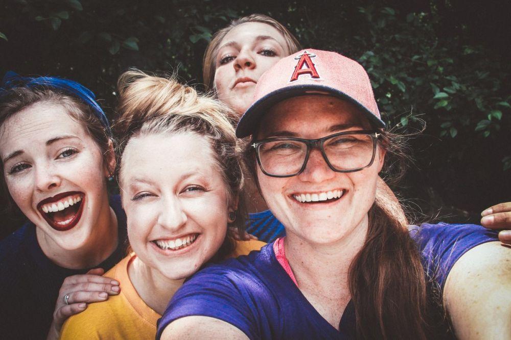 Gruppo di donne, foto di Hannah Nelson per Pexels