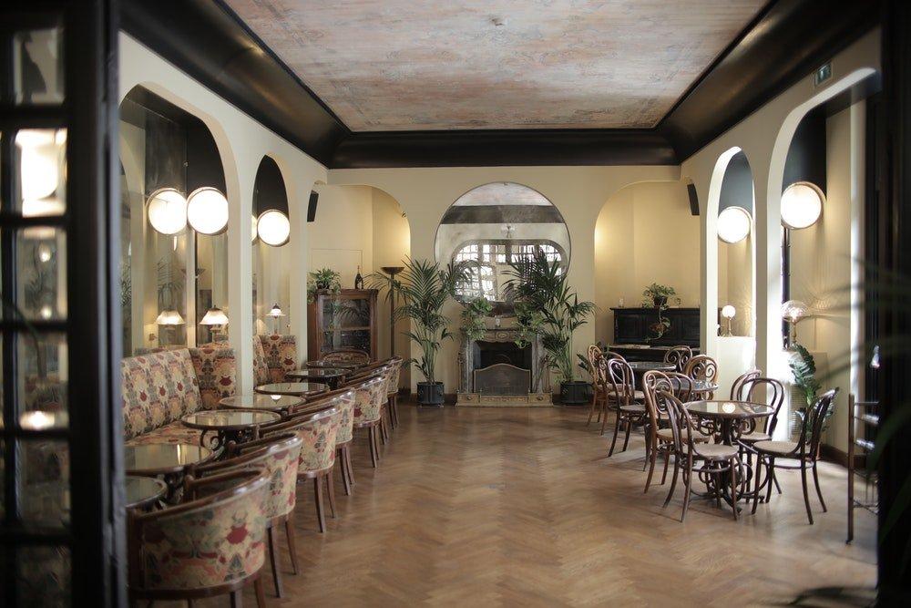 Area comune di un hotel, foto Andrea Piacquadio