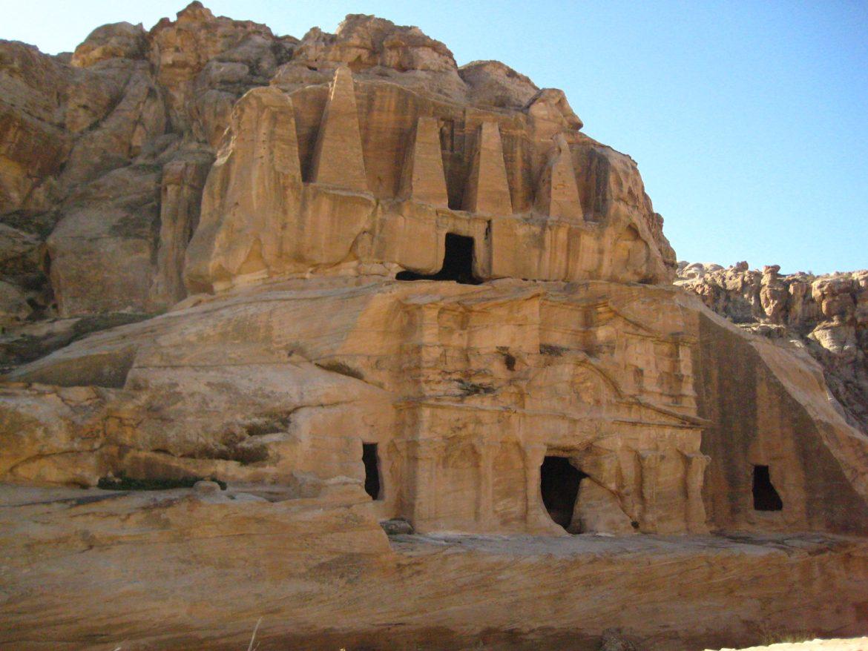 Petra - Tomba dell'Obelisco