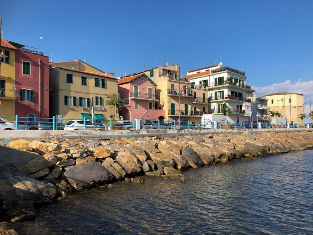 Vista sul lungomare di Santo Stefano in Liguria
