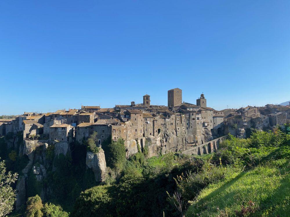 Borgo di Vitorchiano nella Tuscia, foto Mariarita Persichetti, 24 Hours Trotter